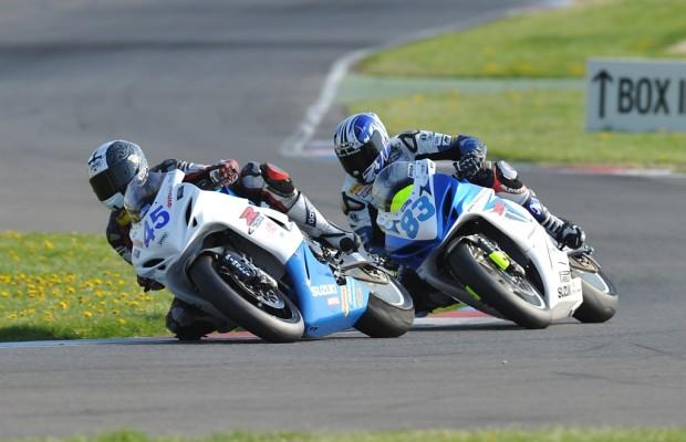 Suzuki GSX-R Challenge und B-King Trophy – Rennsport für jedermann