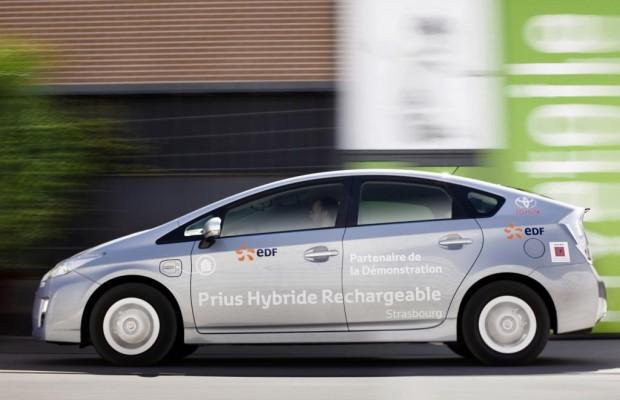 Toyota Prius Plug-in Testreihe - Zuhause wird geladen