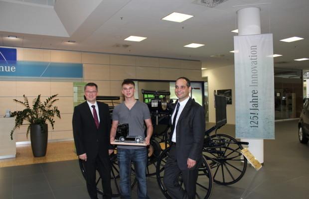 5000ster Auszubildender im Mercedes-Benz Werk Wörth geehrt