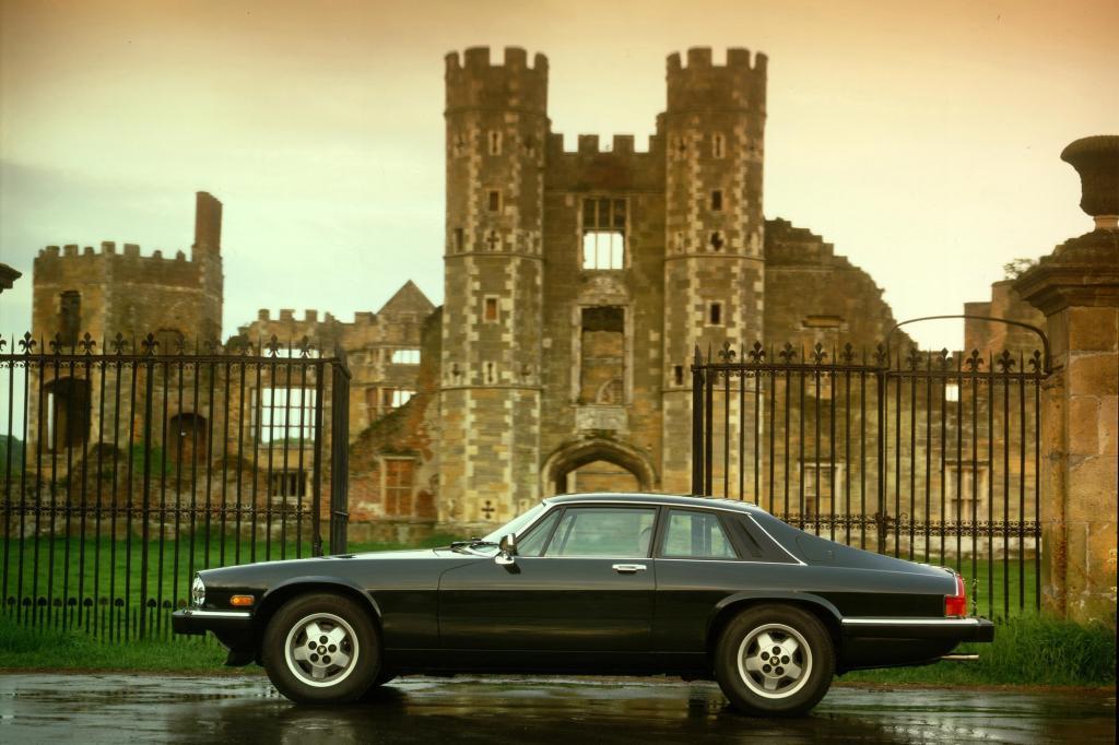 Auch das XJS-Coupé gab es auch mit V12