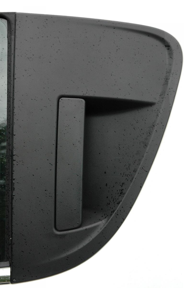 Chevrolet Aveo: Die Griffe der Türen hinten sind in den Scheibenrahmen integriert.