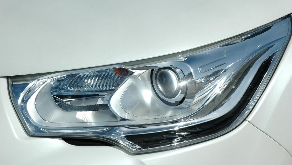 Citroën DS4: Moderne Leuchteinheit vorn.