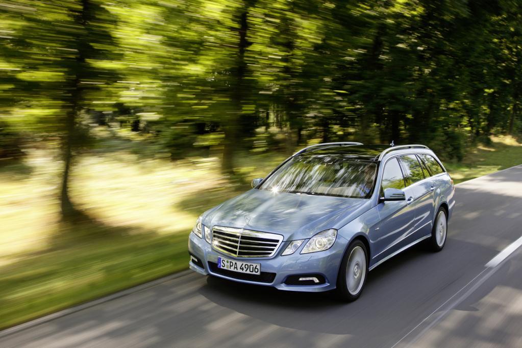 Das T-Modell der Mercedes-Benz E-Klasse ist der Edelmann unter den Lademeistern.