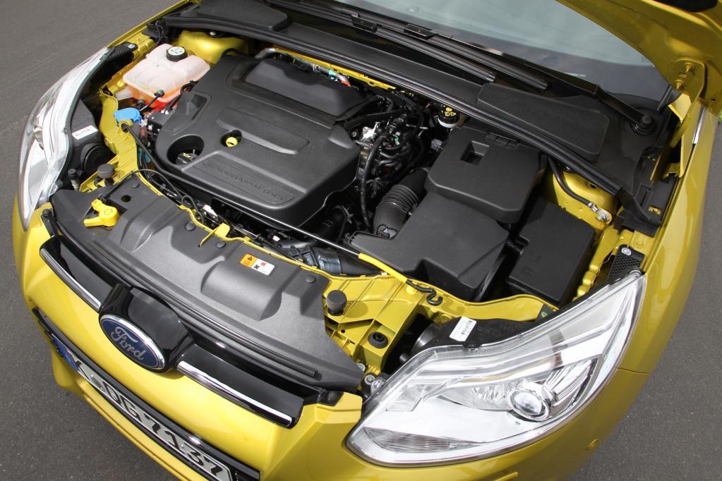 Der 1,6 Liter-Turbobenziner im Ford ist durchzugsstark und sparsam.