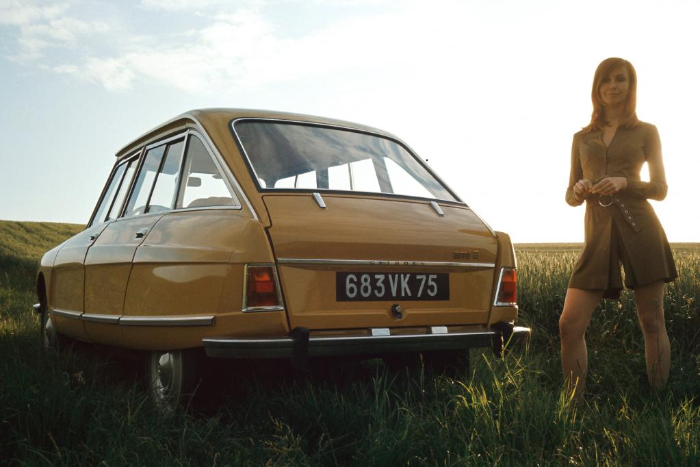 Der Ami8 tritt ab 1969 in die Fußstapfen des Ami6 und begründet den Trend zur Schräghecklimousine. Ein Weg, den auch Wettbewerber Renault damals verfolgt.