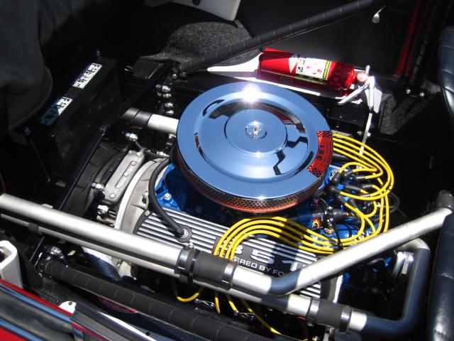 Der Boxermotor wurde durch einen Ford Windsor V8-Motor mit 300 PS ausgetauscht, Foto: Oldbug