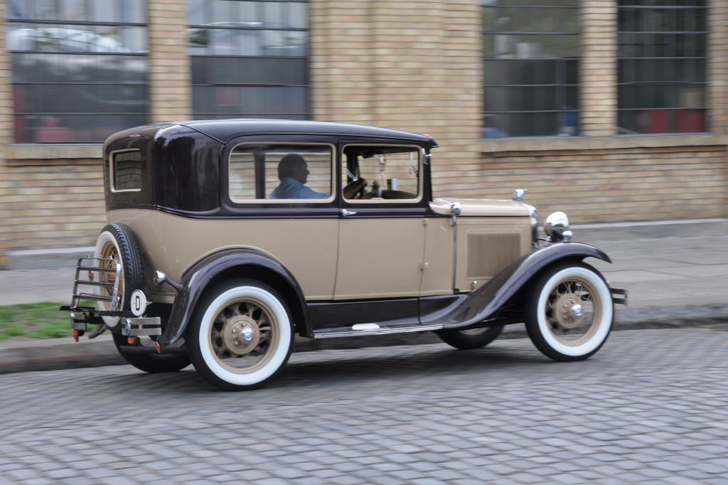 Der Ford stammt von 1931