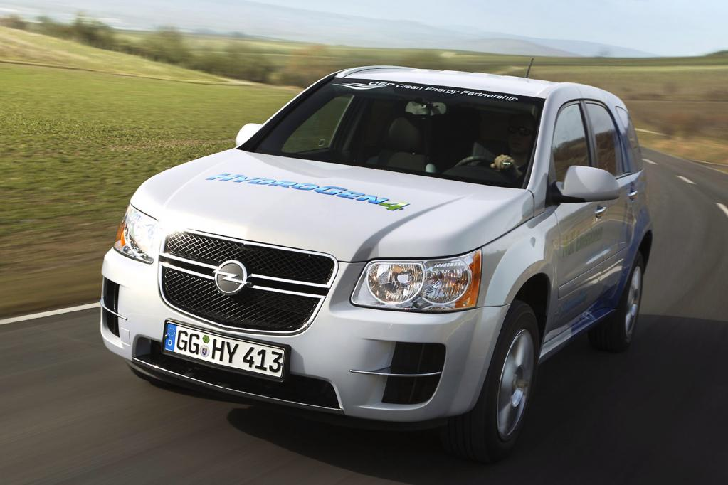Der Opel HydroGen4 fährt mit Wasserstoff - und das mehr als 300 Kilometer weit.