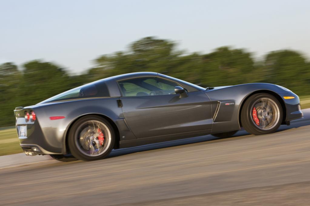 Der leistungsstarke Sportler verspricht pures Fahrvergnügen. Den Motor können Käufer nun selbst zusammenbauen.