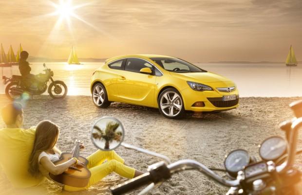 IAA 2011: Opel zeigt Weltpremiere des Astra GTC