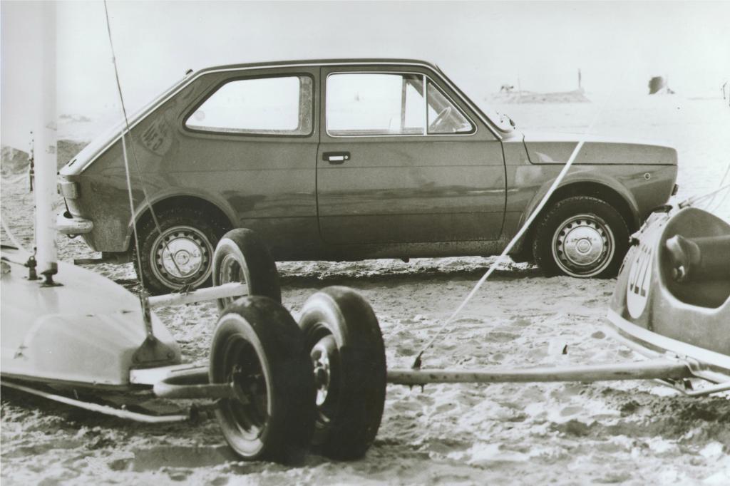 Kompakt, spritzig und sparsam fuhr er sich ab 1971 ins Bewusstsein europäischer und südamerikanischer Autofahrer