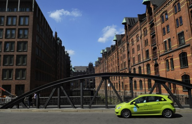 Mercedes-Benz F-Cell World Drive zurück in Stuttgart