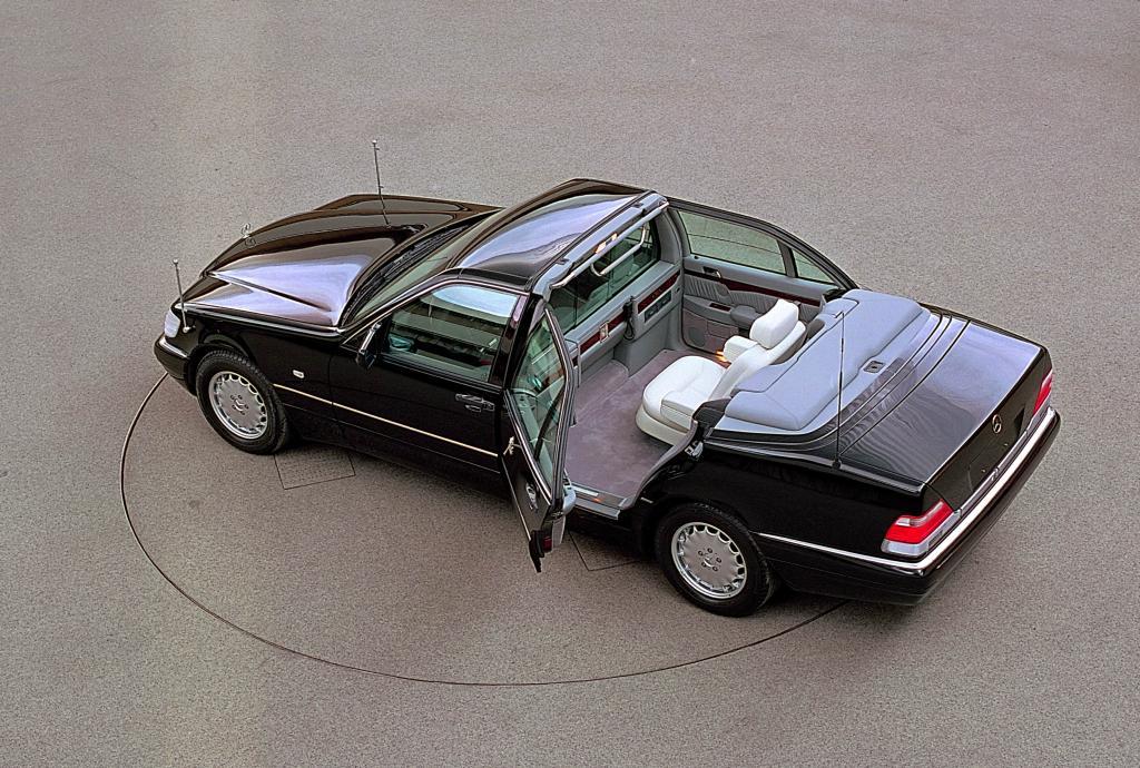 Mercedes baute auch einen S500 zum Landaulet mit Einzelsitz im Fond um