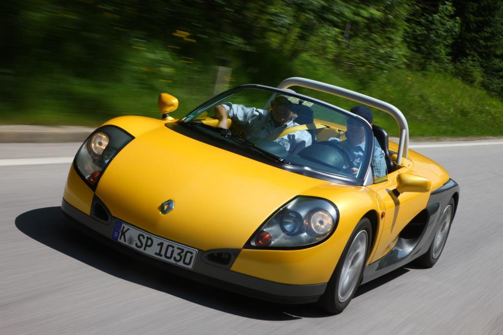 Nacktes Alpenglühen - der Renault Sport Spider