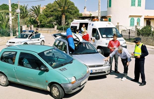 Nur jeder zweite Autofahrer kennt die Verkehrsregeln im Urlaubsland