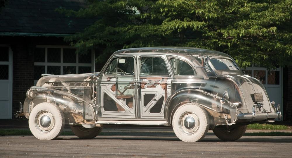 Nur zwei Plexiglas-Modell dieses 39er Pontiacs haben überlebt, Foto: RM Auctions