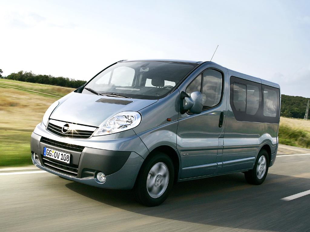 Opel Vivaro: Die Life- und Tour-Versionen für den Personentransport ...