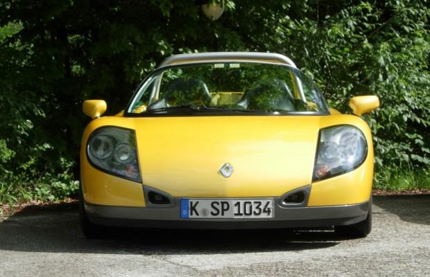 Panorama: Renault Sport Spider - Nacktes Alpenglühen