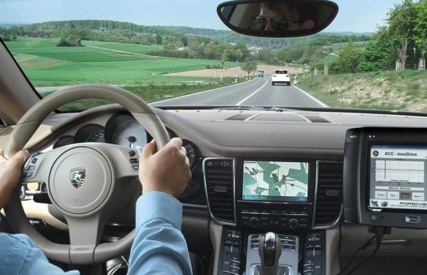 Porsche ACC InnoDrive - Der Fahrer lenkt, der Porsche denkt