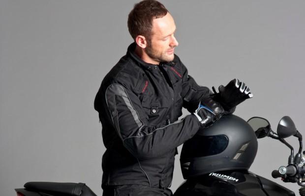 Triumph Motorradkleidung - Rockig und trocken