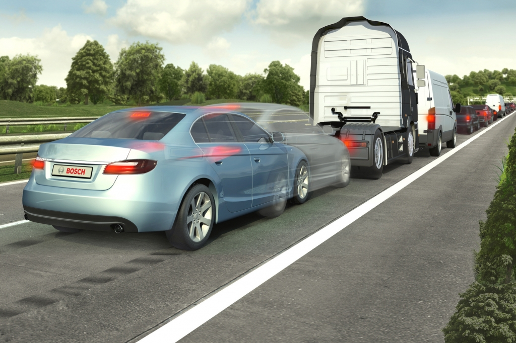 Unfallfreier Straßenverkehr: Assistenzsysteme realisieren Traumvorstellung