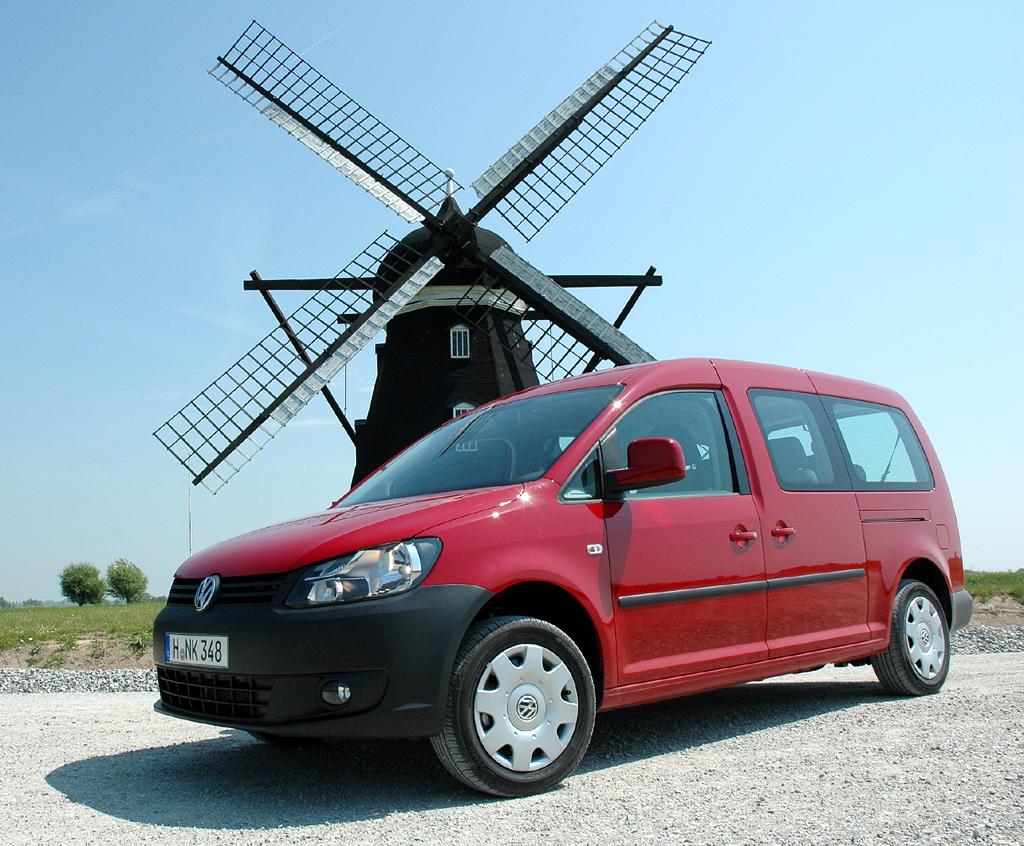 VW Caddy und Caddy Maxi fahren auch als Bi- und als Ecofuel vor.