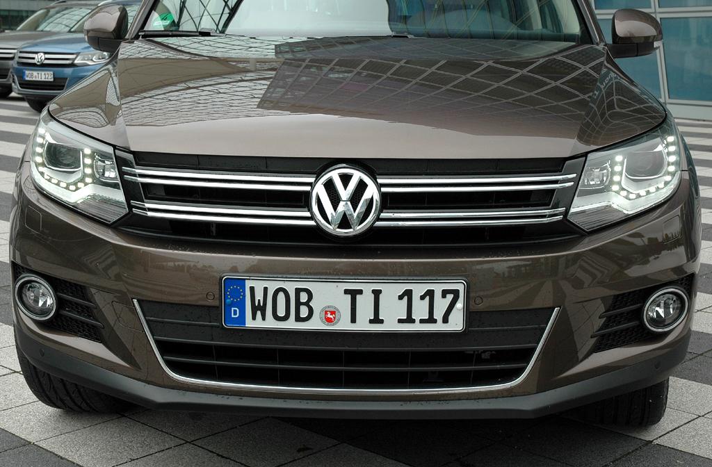 VW Tiguan: Blick auf die Frontpartie des Kompakt-SUV.