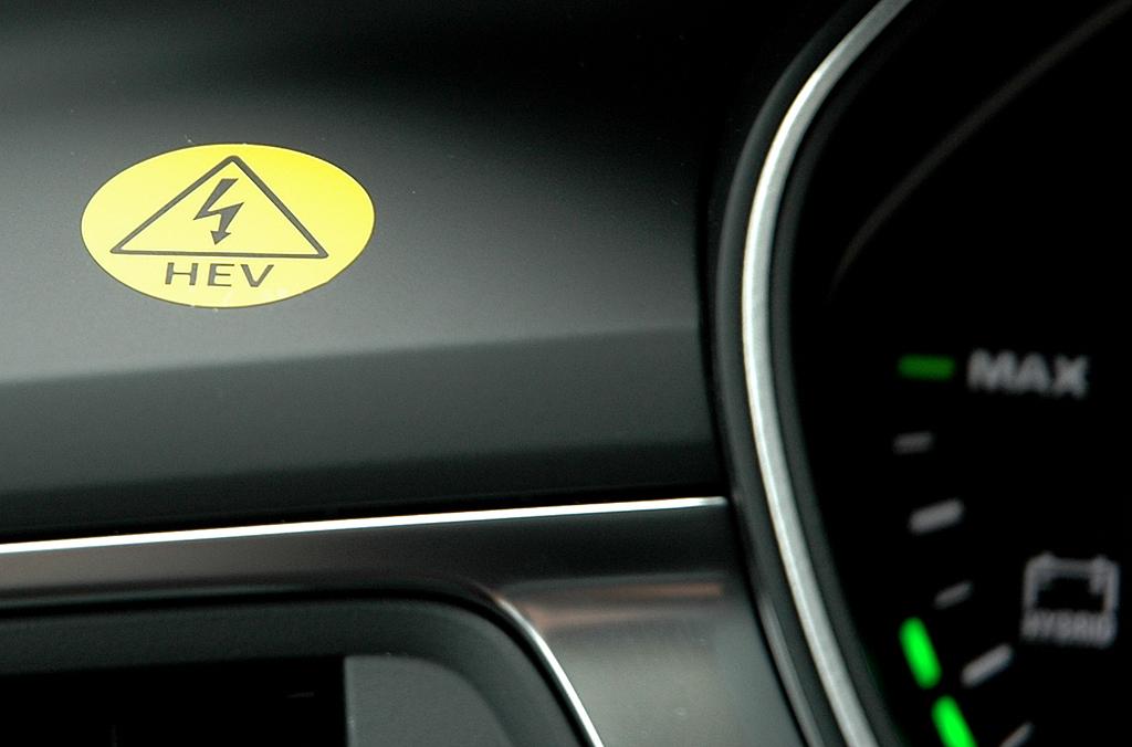 Audi A6 Hybrid: Achtung, hier ist ein Elektromotor mit ab Bord!