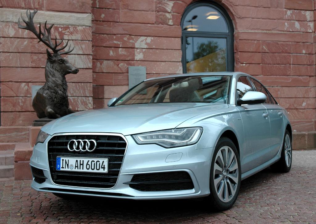 Audi A6 Hybrid: Limousine mit Sechszylinder-Kraft und Vierzylinder-Verbrauch. Foto: Koch