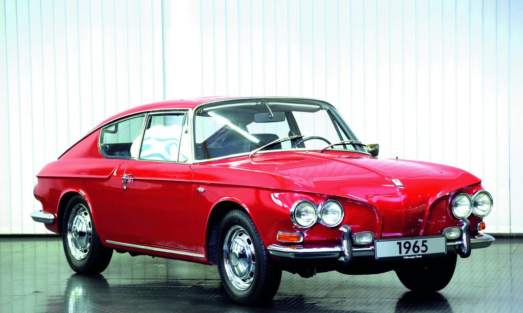 Auf Basis des Karmann Ghia Typ 34 präsentierte Karmann 1965 eine Fließheckvariante mit großer Heckklappe.