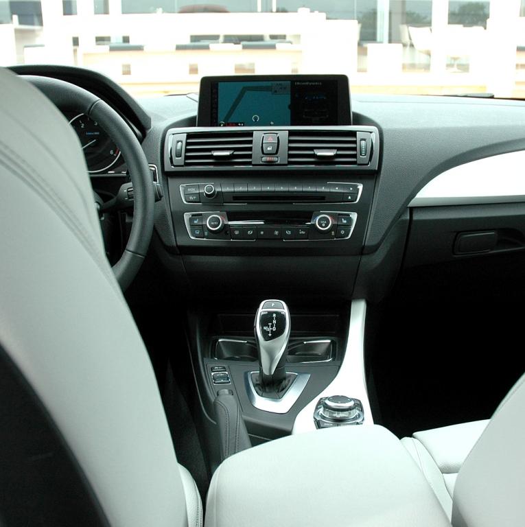 BMW 1er: Blick ins Innere des Urban Line.