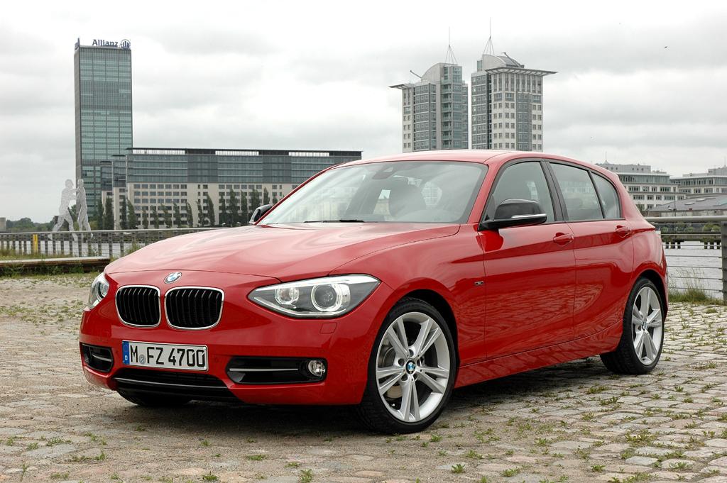 BMW 1er: Die Neuauflage, hier als Sports Line, tritt erwachsener auf.