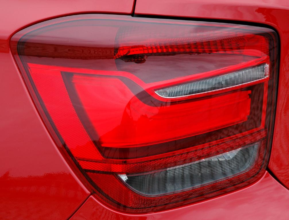 BMW 1er: Moderne Leuchteinheit hinten.