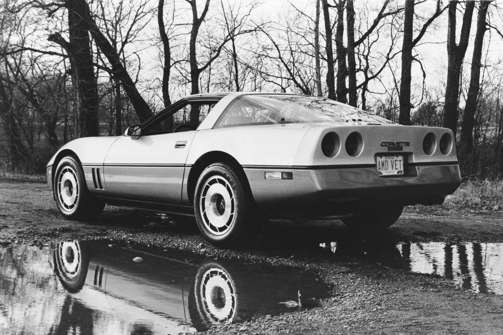 Bei der Corvette gab es 1985 eine große Glaskuppel-Heckklappe.