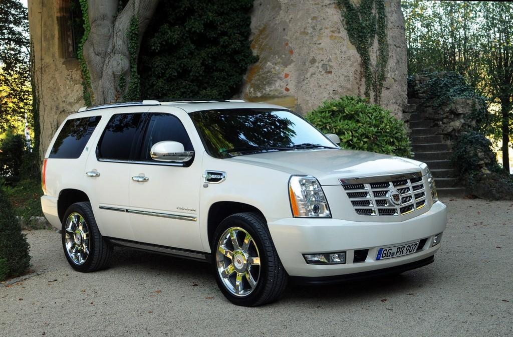 Cadillac Escalade Hybrid.