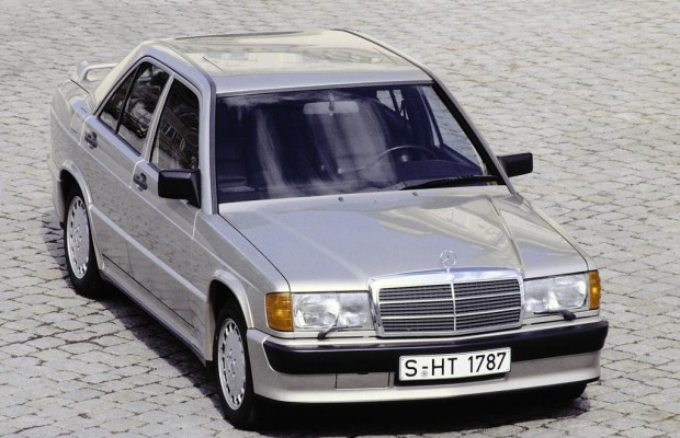 Daimler mit neuer Unternehmenschronik
