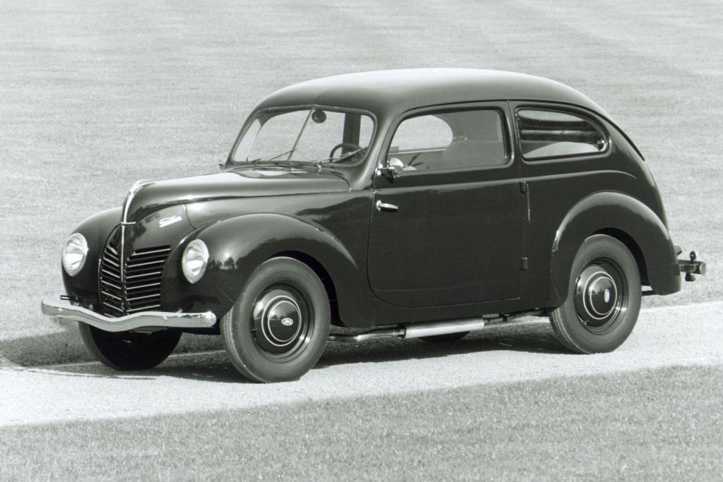 Dank seines Heck heißt dieser Ford Taunus auch ''Buckeltaunus''.