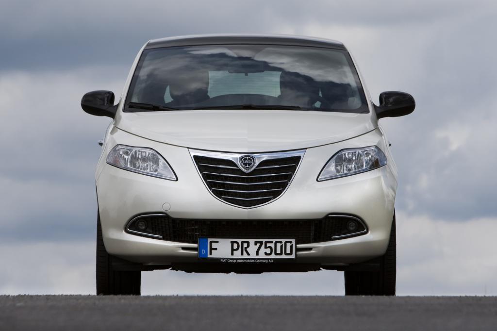 Den Lancia Ypsilon gibt es künftig auch mit einem Automatikgetriebe