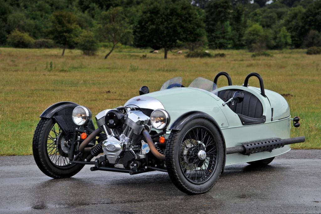 Der 3 Wheeler ist eine Hommage an den Threewheeler von 1090