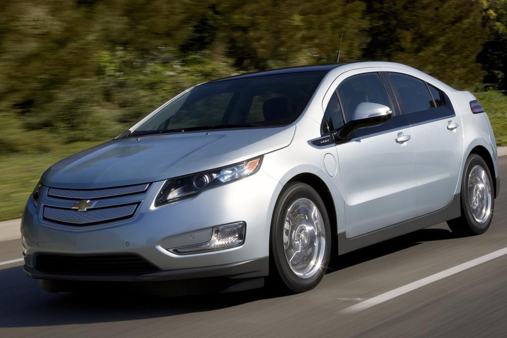 Der Chevrolet Volt ist etwas günstiger als sein Opel-Bruder