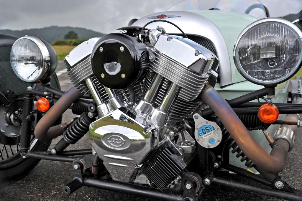 Der Motor des Dreirads stammt aus einem Harley-Motorrad