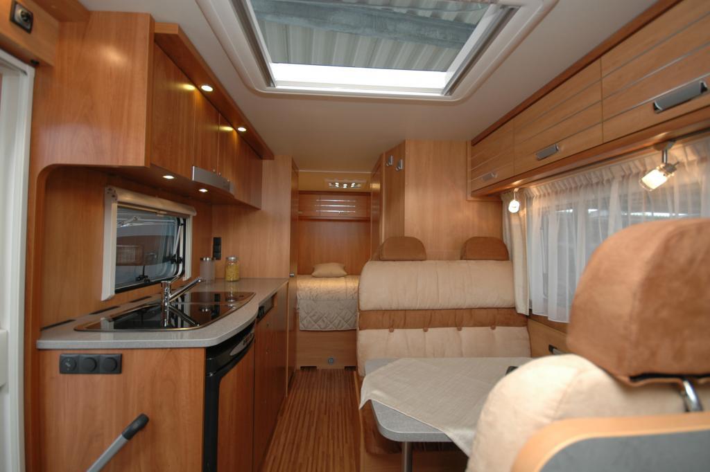 Die Globe S-Serie besteht aus sieben teilintegrierten Reisemobilen (ab 39.999 Euro)