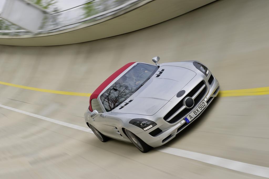 Die Premiere des Mercedes SLS AMG Roadster gehört zu den Höhepunkten der IAA