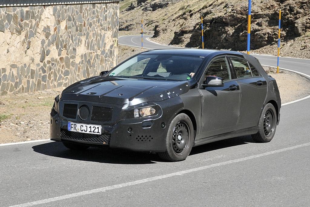 Erwischt: Erlkönig Mercedes-Benz A-Klasse – Stresstest für den Stuttgarter