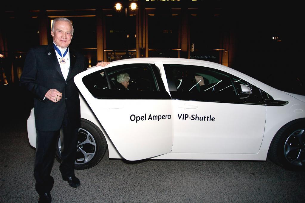 Für Ex-Astronaut Buzz Aldrin war es eine Ehrensache, die