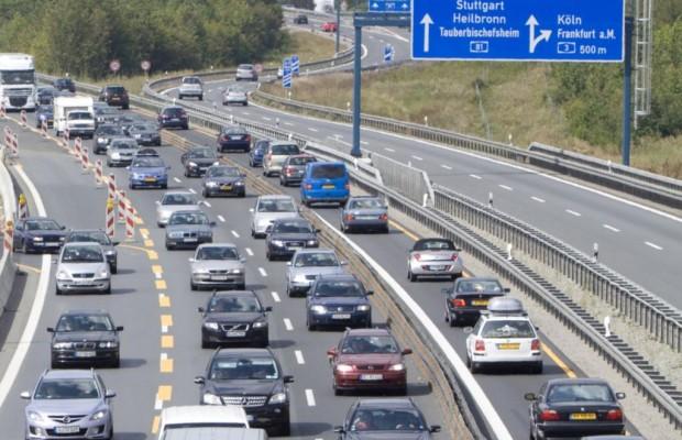 Ferienstau-Prognose - Autobahnen werden zu Parkplätzen