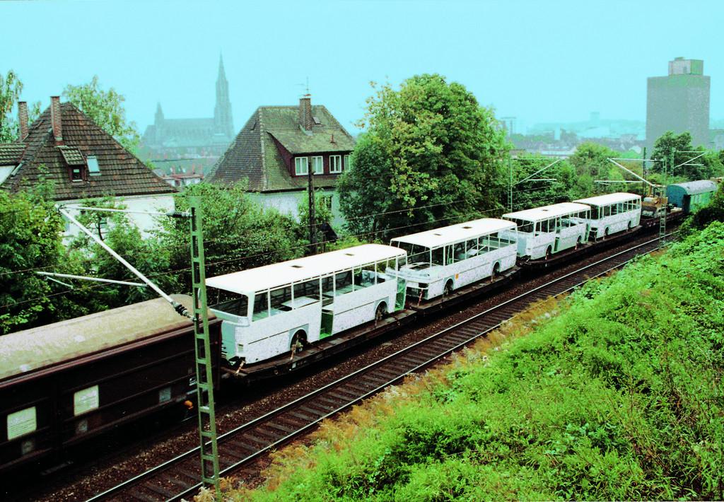 Französisches Evobus-Werk in Ligny-en-Barrois feiert 30. Geburtstag.