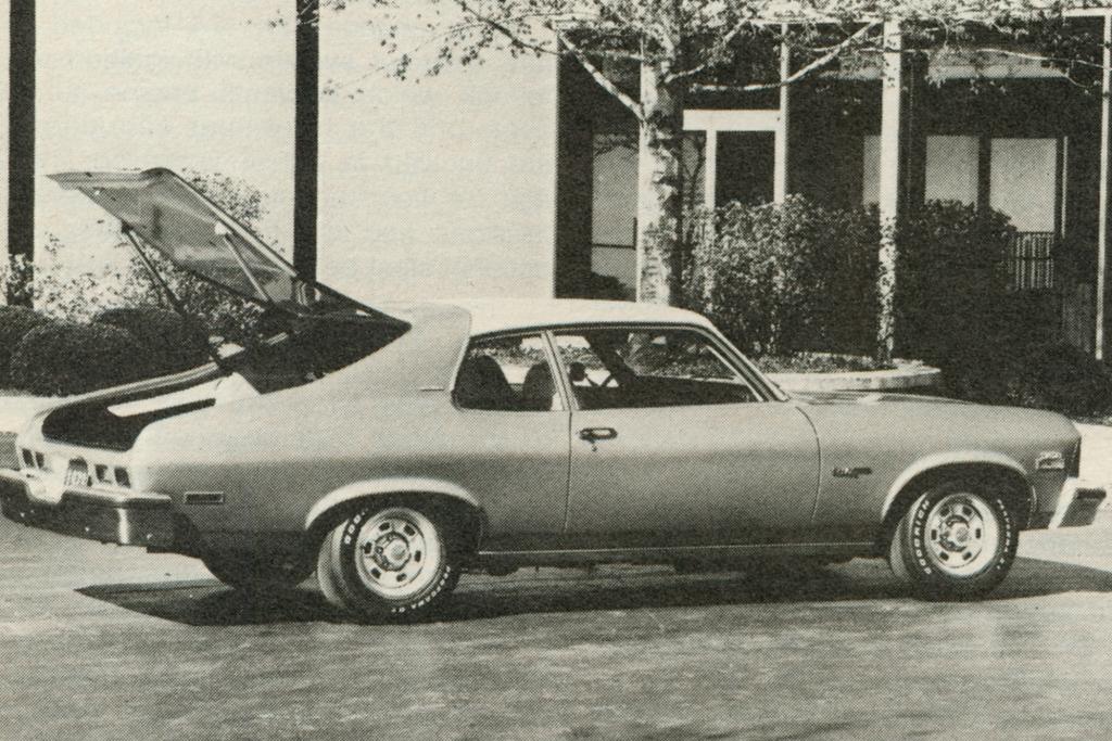 Große Heckklappe beim Chevrolet Nova.
