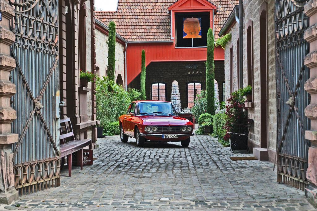 In klassischem Ambiente: Das Lancia Fulvia Coupé 1.3 S