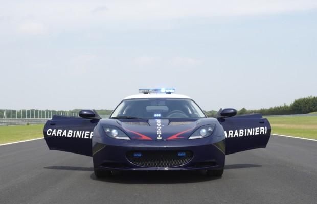 Italiens Gendarmerie fährt jetzt Lotus